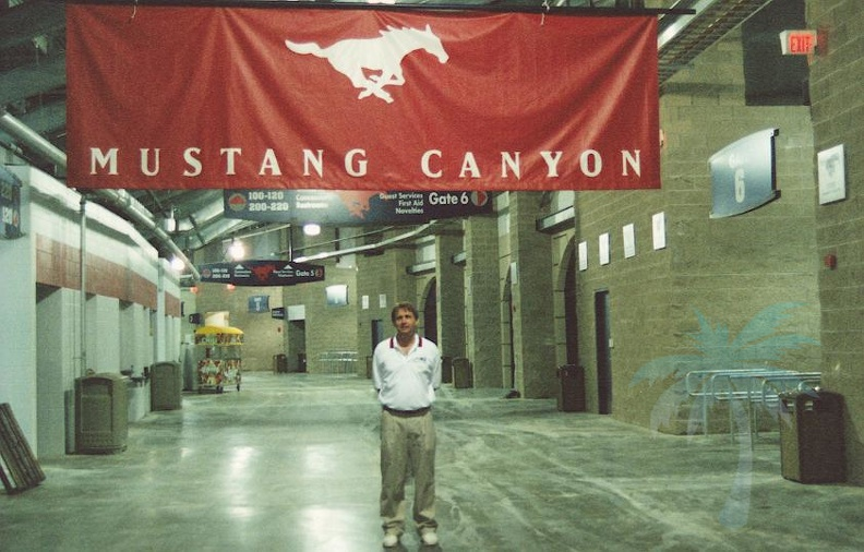 Bob in mustang canyon.JPG